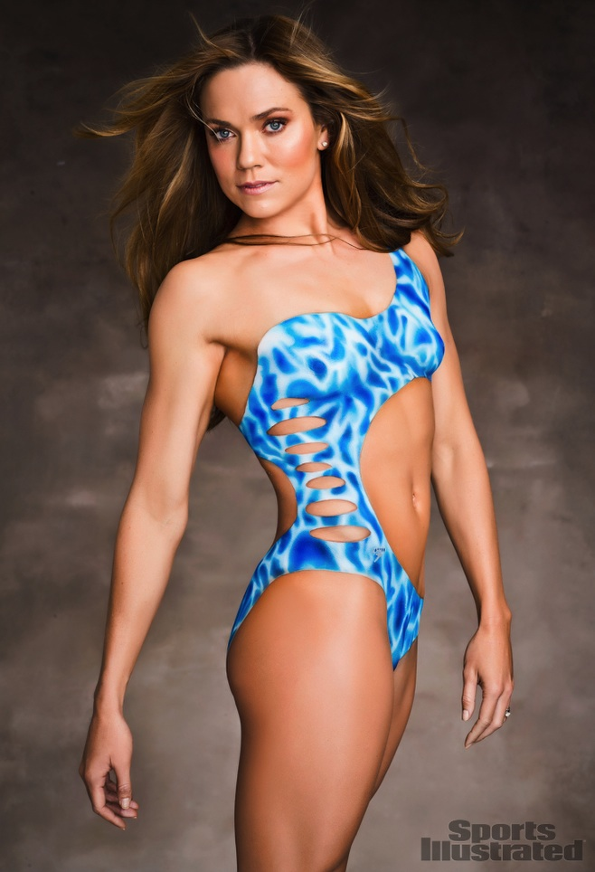 hot female athletes body paint Natalie Coughlin swimmer