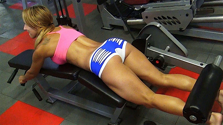 hot sports babe gym babe butt workout
