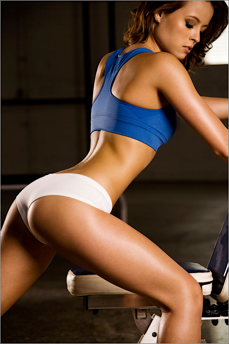 hot sports babe gym babe butts